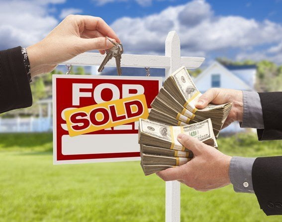 sold sign showing cash for keys
